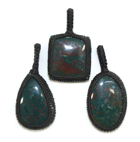 Bloodstone Thread Pendant