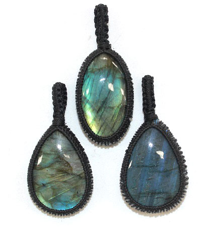 Labradorite Thread Pendan