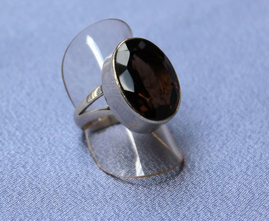 Smokey Quartz Oval Facete